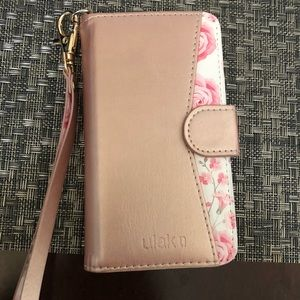 Accessories - Rose gold iPhone se case with strap